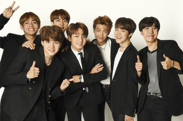02-BTS-backstage-billboard-BBMAS-1548